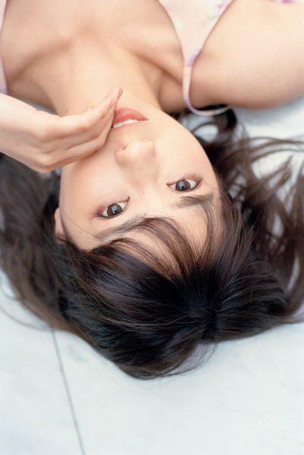 乃木坂46西野七瀬2nd写真集「風を着替えて」