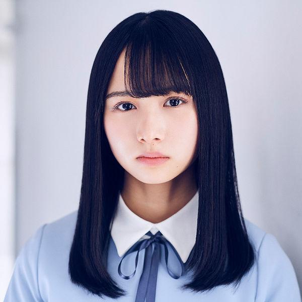 日向坂46 上村ひなの、15歳の誕生日! [2004年4月12日生まれ]