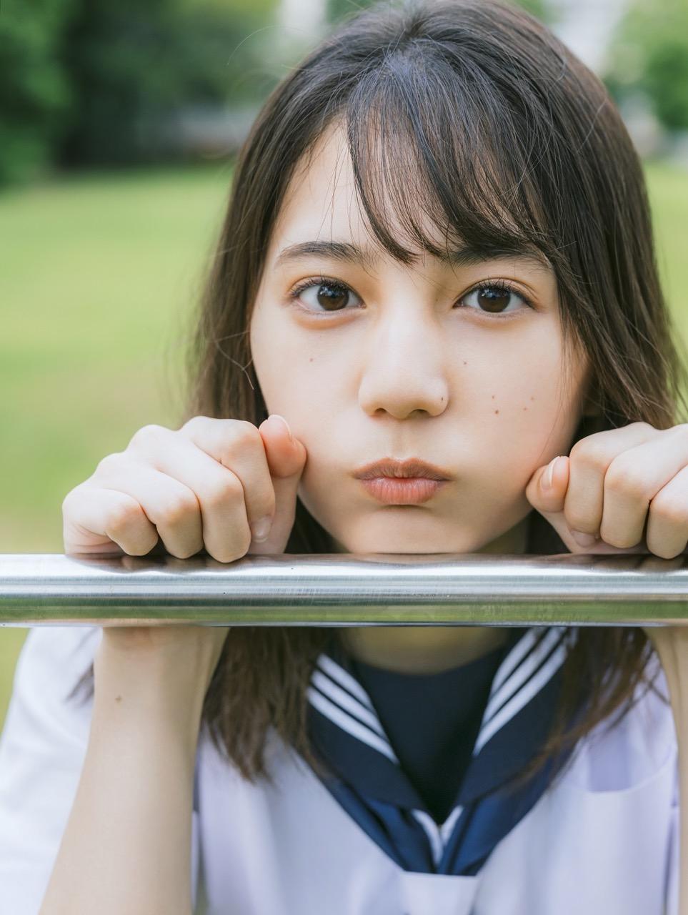 日向坂46 小坂菜緒 1st写真集、6/29発売決定!初めての水着カットも撮影!【予約開始】
